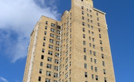 -absolutely_free_photos-original_photos-old-apartment-tower-2592x1944_92185